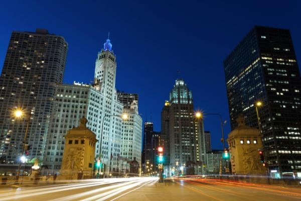 Chicago takes smart lighting lead